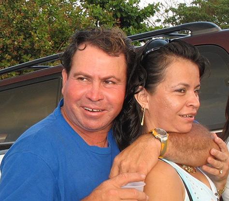 Photograph of Renal Alvarado and Sonia Ramirez