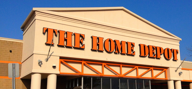 Home Depot Has Decor, Bedding For 80% Off