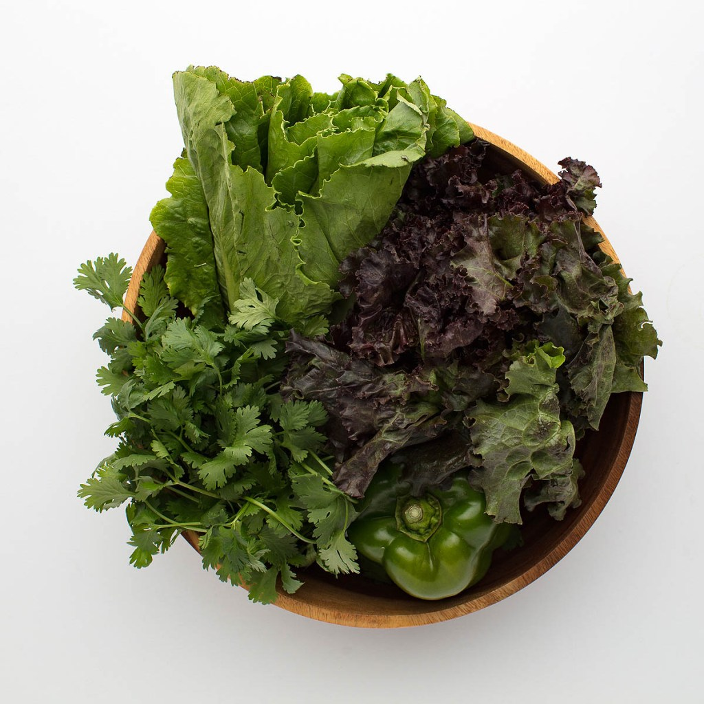 bowl of green lettuce