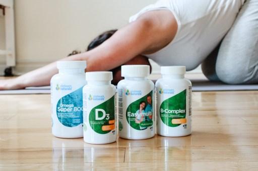 women doing yoga with platinum naturals vitamins