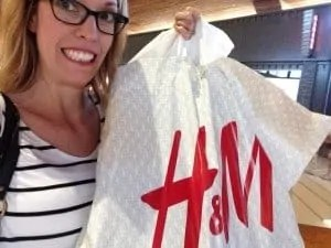clothes shopping mom h&M