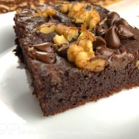 GF, DF Chocolate Date Brownies by FlavCity