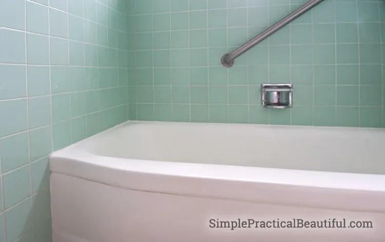bathtub with rust oleum tub and tile