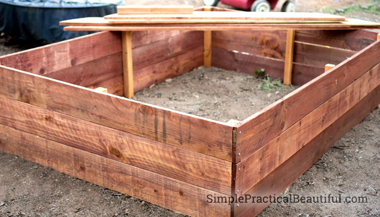 How to build a garden box