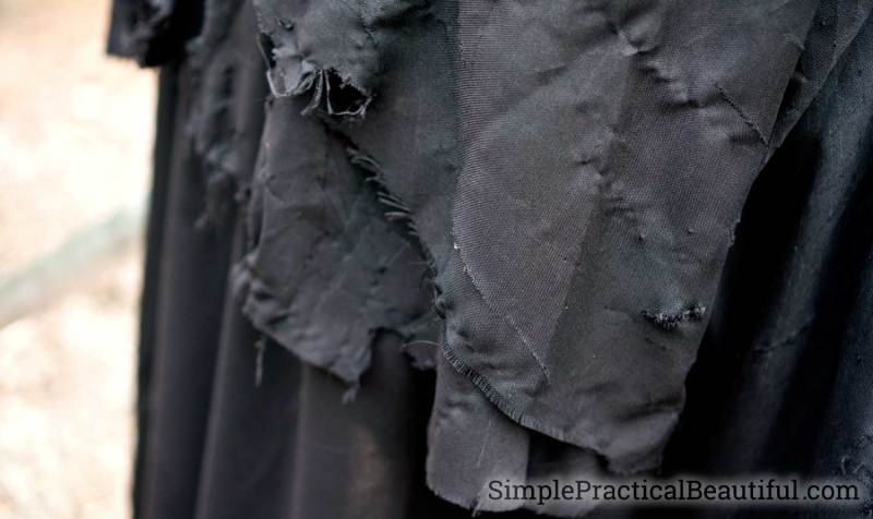 Distressed fabric for the Ringwraith cloak