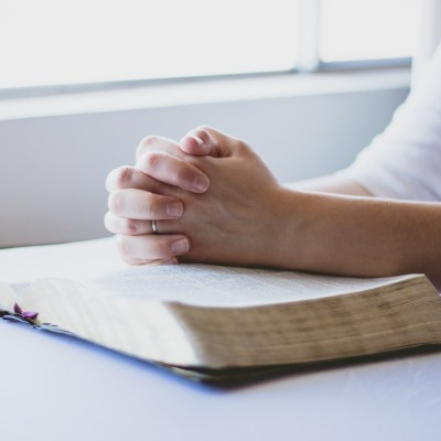 How to Develop a Daily Bible Study Habit