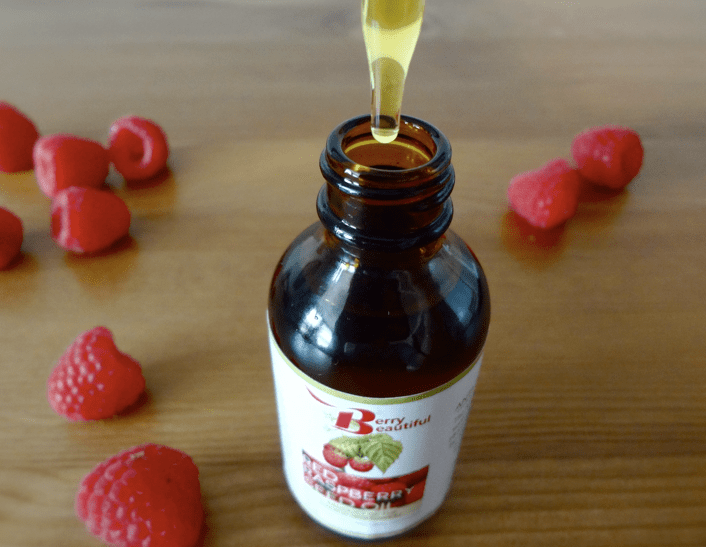 Red raspberry seed oil sunscreen