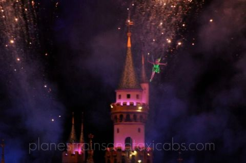 Tinkerbell-Disneyland-Fireworks - Simple Sojourns