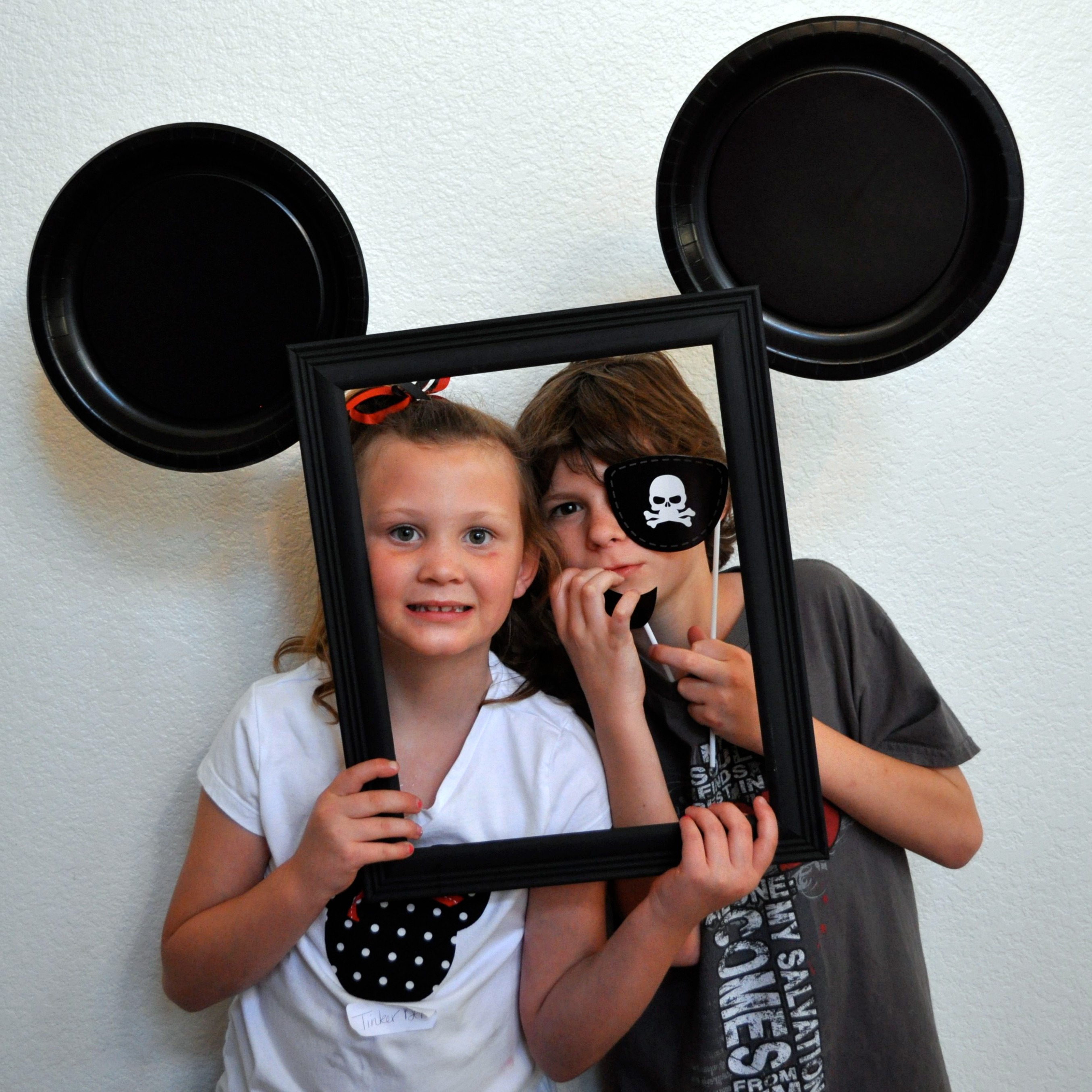 DIY Mickey Photo Booth - Simple Sojourns