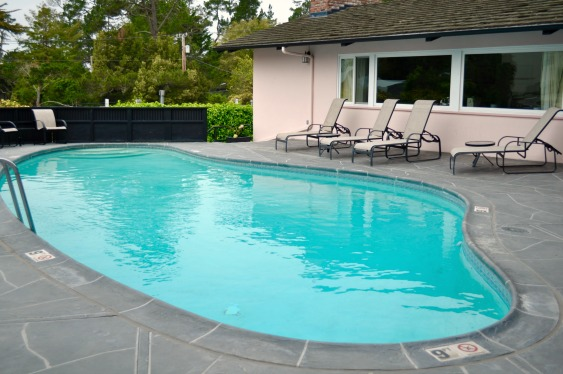 Hofsas House Heating Swimming Pool - Simple Sojourns