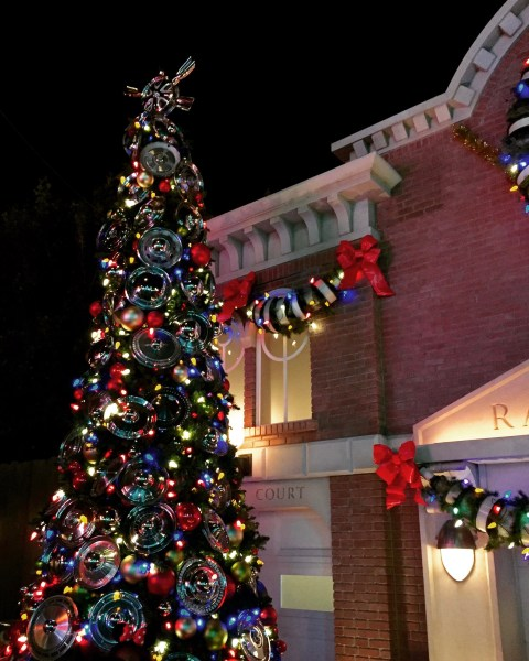 Radiator Springs Christmas Tree - Simple Sojourns