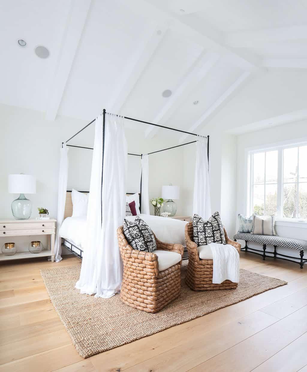 Modern Coastal Bedroom Ideas: HOM: Modern Farmhouse With Coastal Flare By Blackband Design