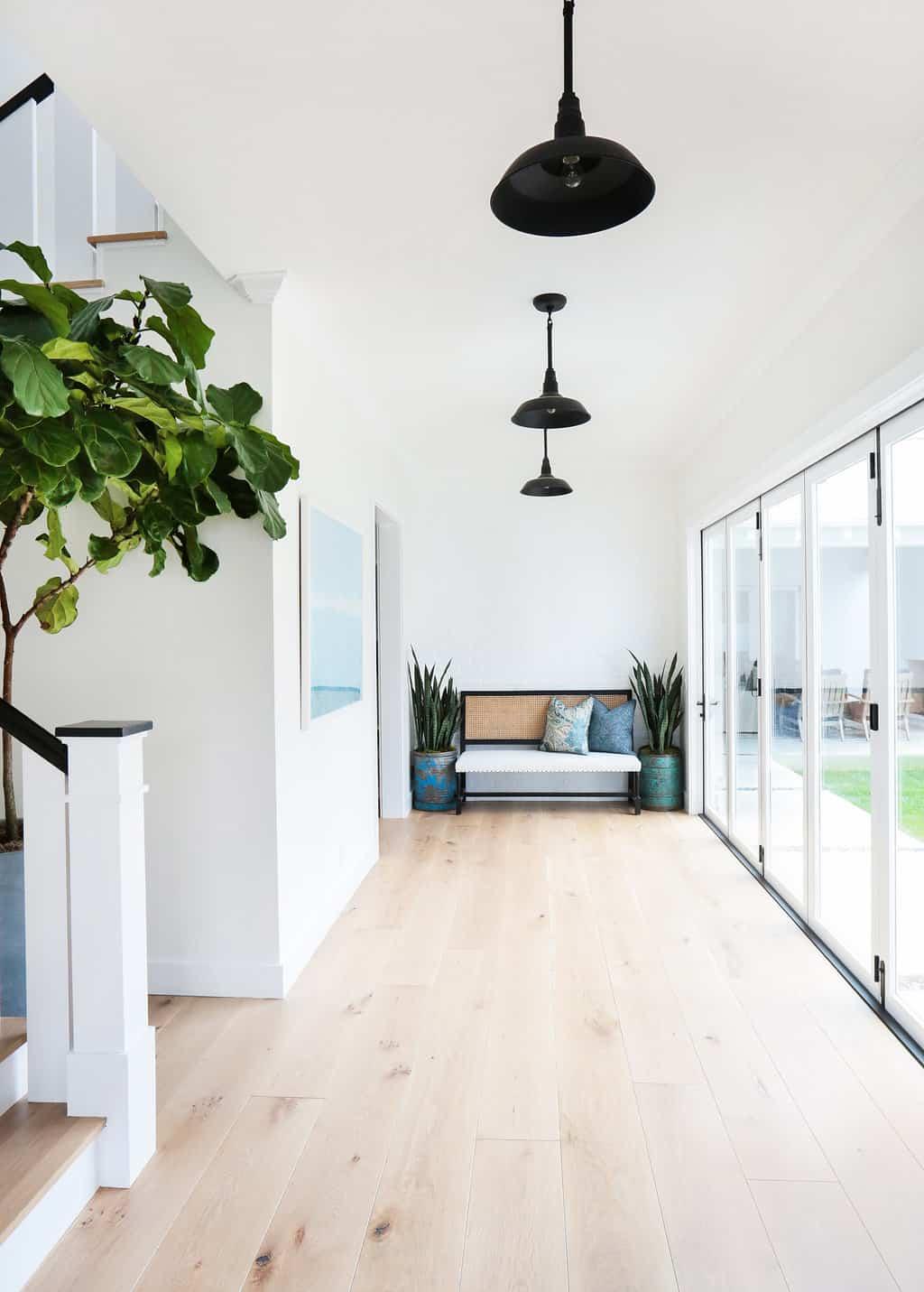 HOM-Modern-Farmhouse-With-Coastal-Flare-by-Blackband-Design-landing