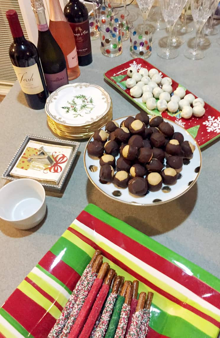 How To Throw A Neighborhood Progressive Dinner Party dessert