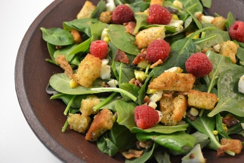 Spinach_Salad_with_Raspberries