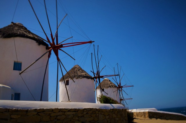 sea-architecture-sky-town-windmill-wind-812000-pxhere.com