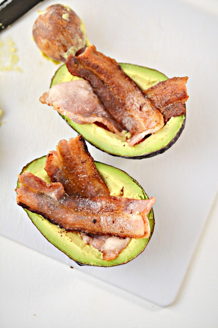 egg bacon avocado recipe