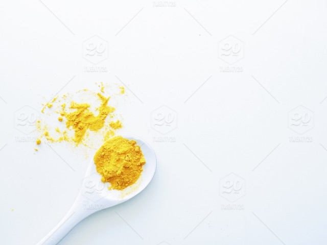 turmeric latte - ginger - healing