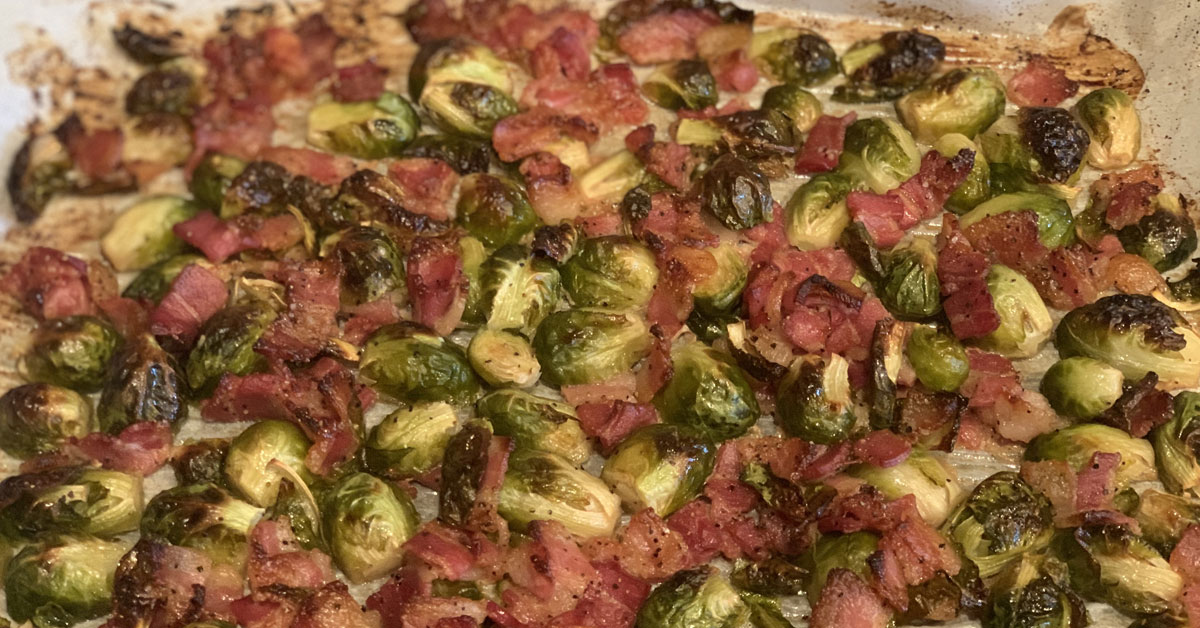 Read more about the article Maple Bacon Brussel Sprouts