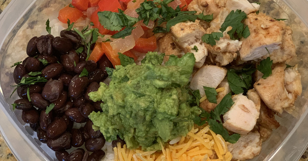 Read more about the article Chicken Burrito Bowl