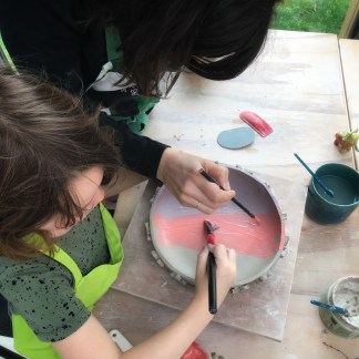 ouder kind workshop keramiek beschilderen klei