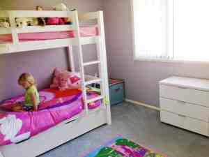 kids bedroom declutter