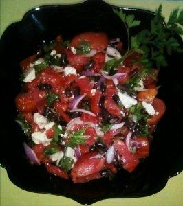 Salată cu fasole neagră