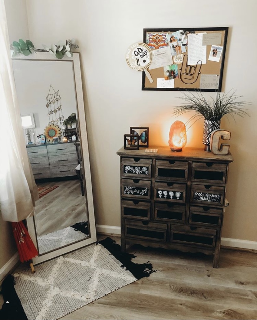 35 Best College Apartment Ideas That Will Make Your Friends Jealous Simply Allison
