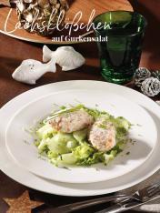 Rezept - Lachsklößchen auf Gurkensalat - Simply Kreativ Sonderheft Weihnachtsrezepte 01/2019