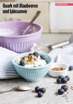 Rezept - Quark mit Blaubeeren und Leinsamen - Simply Kreativ Healthy Diät-Sonderheft - Keto-Diät - 01/2019