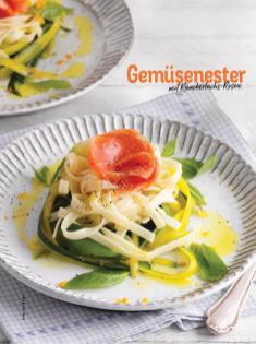 Rezept - Gemüsenester mit Räucherlachs-Rosen - Simply Kochen Sonderheft Nudeln