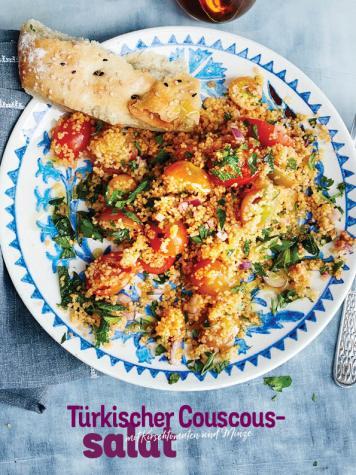 Rezept - Türkischer Couscoussalat mit Kirschtomaten und Minze - Simply Kochen Sonderheft Sommer-Salate