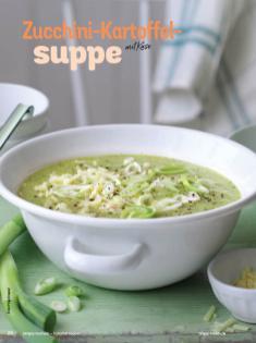 Rezept - Zucchini-Kartoffelsuppe mit Käse - Simply Kochen Sonderheft Sommer-Suppen