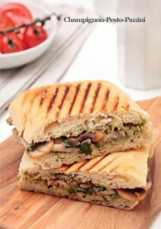 Rezept - Champignon-Pesto-Panini - Vegan Food & Living – 03/2020