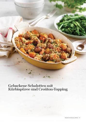 Rezept - Gebackene Schalotten mit Kürbispüree und Croûton-Topping - Vegan Food & Living – 03/2020