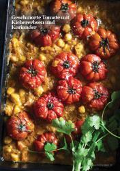 Rezept - Geschmorte Tomate mit Kichererbsen und Koriander - Vegan Food & Living – 03/2020