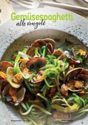 Rezept - Gemüsespaghetti alle vongole - Simply Kochen Kompakt Low Carb 01/2021