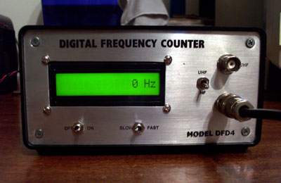 DFD4_Frequency_Counter