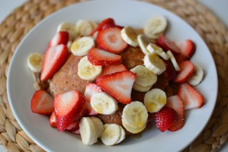 Whole Wheat Vegan Pancakes!