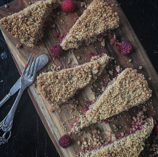 Raspberry & Apple crumble