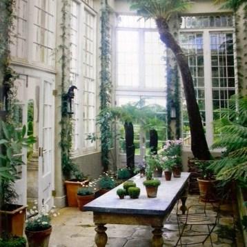 Greenhouses and orangeries