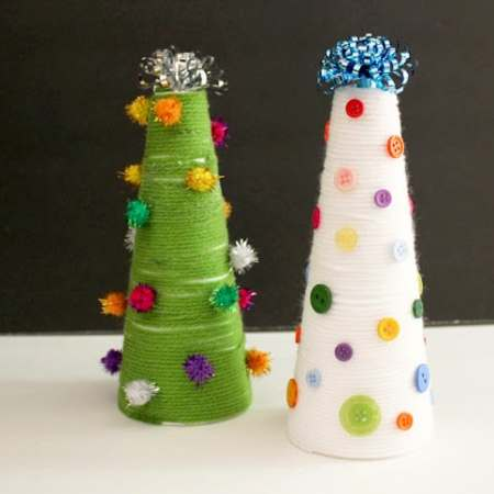Kids Craft: Yarn Wrapped Christmas Trees