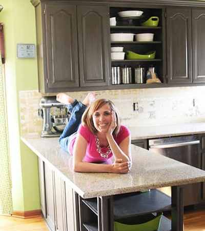 Blogger Tell All: Kitchen Make-Over with Mandy of Sugar Bee Crafts
