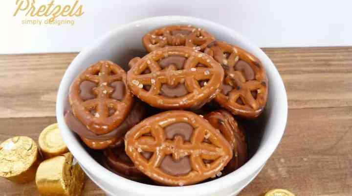Chocolate Caramel Pretzels (aka Rolo Pretzels): Game Day Style