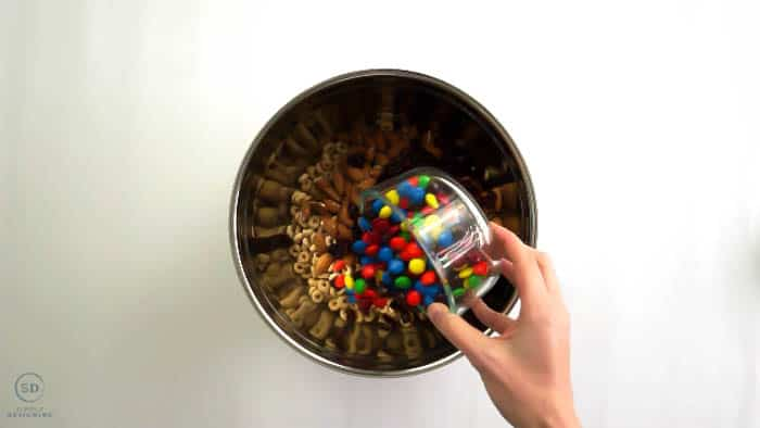 How to make Cheerios Snack Mix in minutes