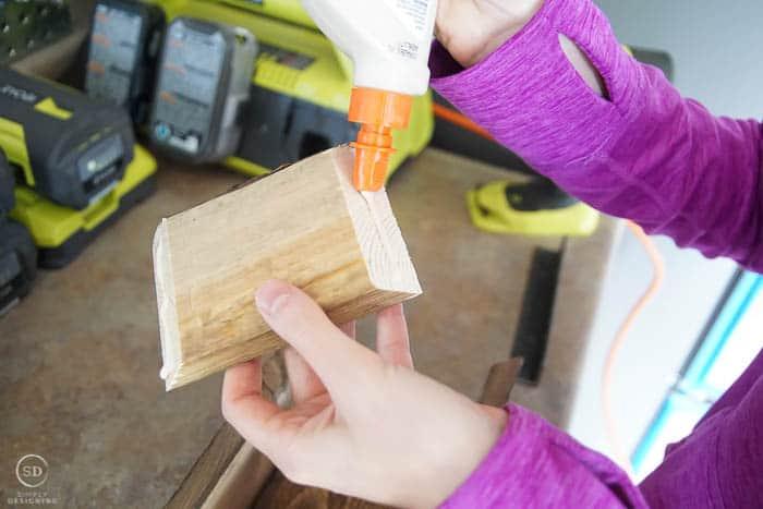 How to make Farmhouse Stocking Holders - glue