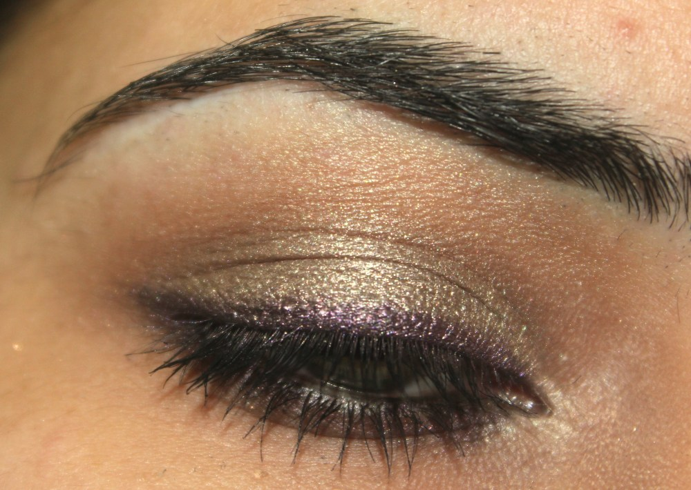 Purple Lined Taupe Eye Look (2/3)