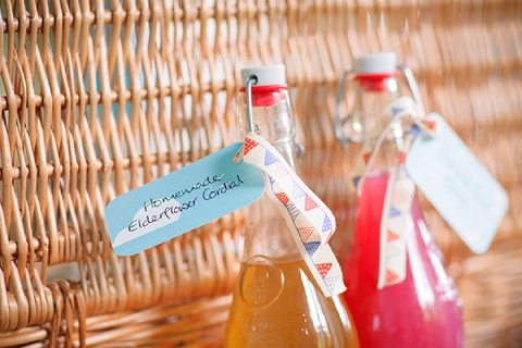 bloved-uk-wedding-blog-real-wedding-summer-garden-party-richard-harris-20