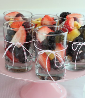 lilly-brunch-party-fruit-mirabelle-creations
