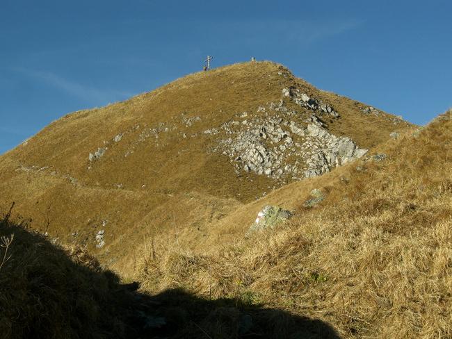 Tag 2: Das Kreuz in Sicht - noch wenige Meter bis zum Gipfel